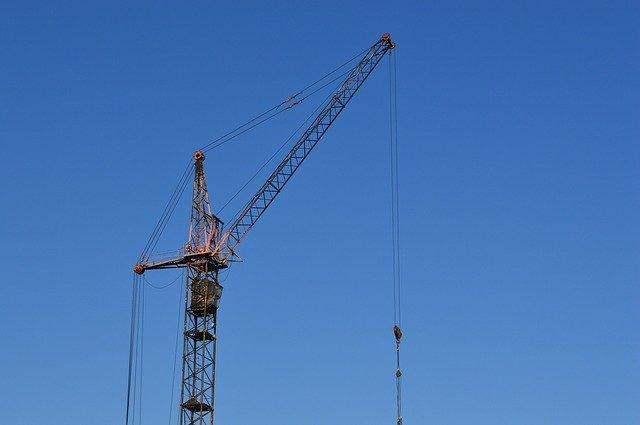 crane-905488_640