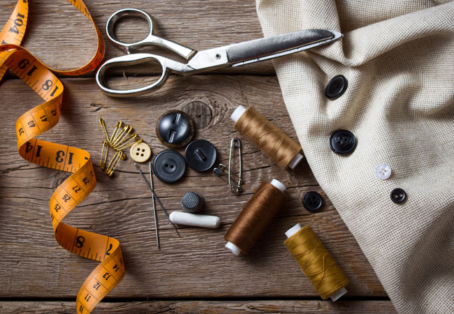 tailor-threa-scissors-measuring-tape